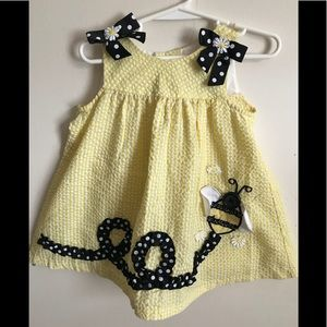 Other - Rare Vintage 1980's Bumblebee Bow Gingham Dress